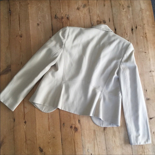 Ann Taylor Off White or Tan Womens Pant Suit Size 6/P