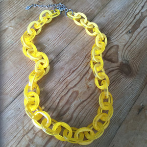 Ali-Kahn Bright Yellow Large Link Acrylic Necklace