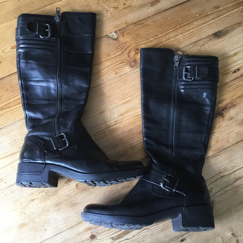 Sofft Black Leather Side Zip Riding Boots Size 9.5