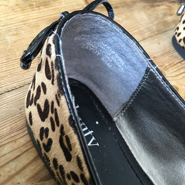 Levity Black & Tan Patent Leather & Leopard Print Pony Hair Savoy Flats Size 6.5