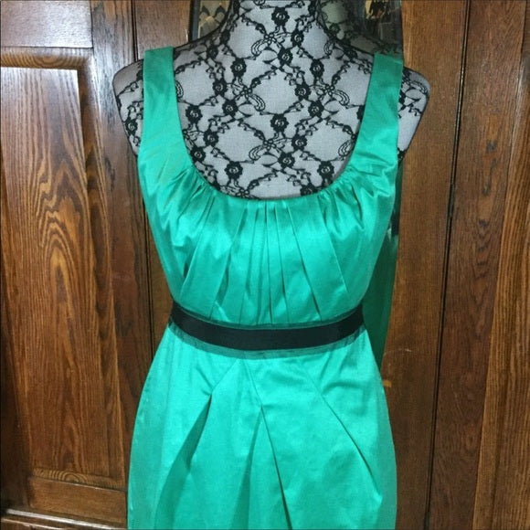 BCBGMaxAzria Green & Black Sleeveless Dress Size 4