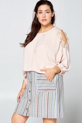 Curvaceous Flower Trim Cold Shoulder Blouse