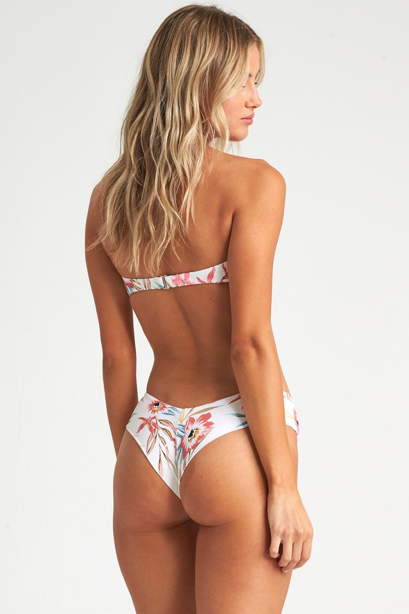 Billabong Coral Sands Fiji Bottom