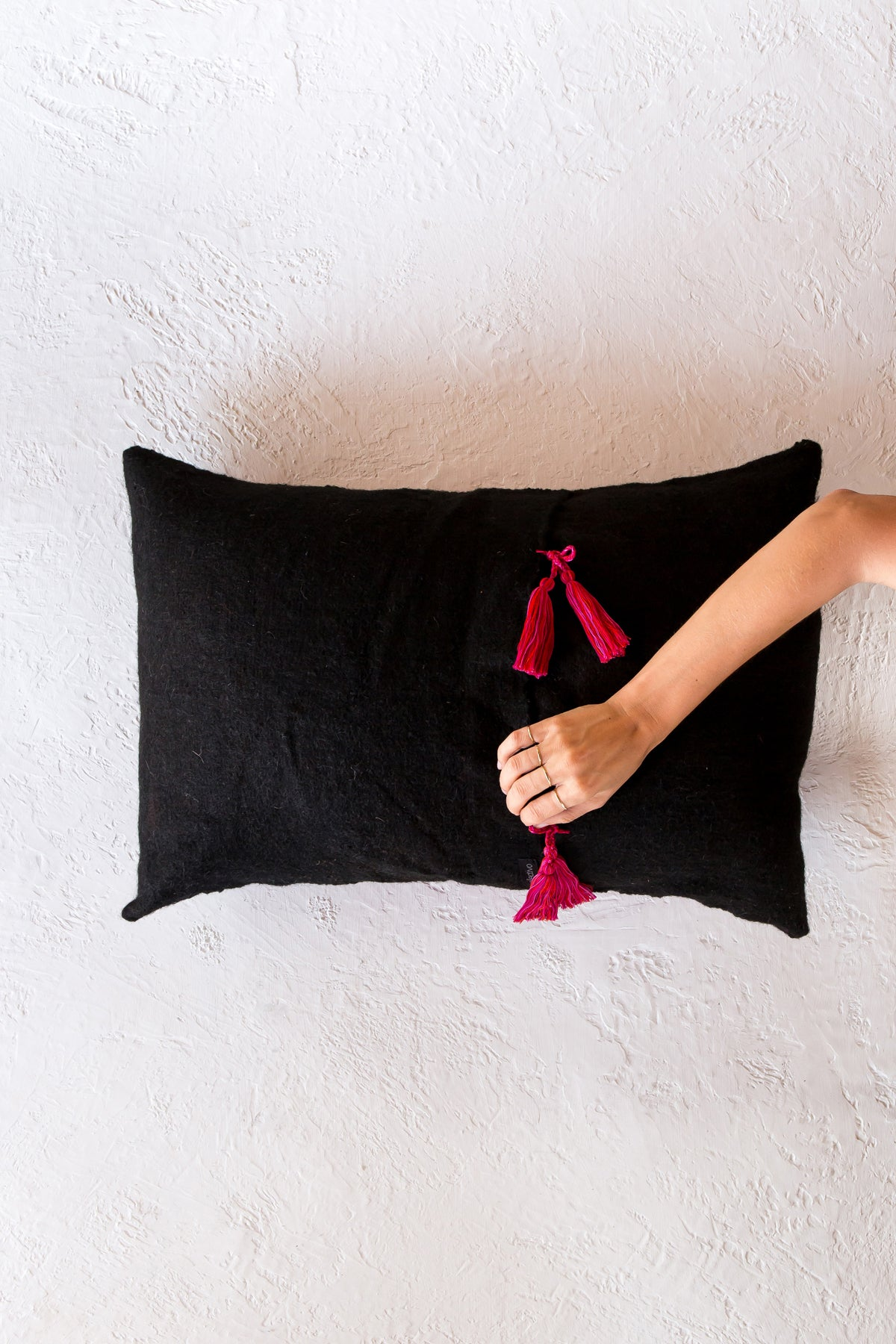 Chamula Dot pillow - negro