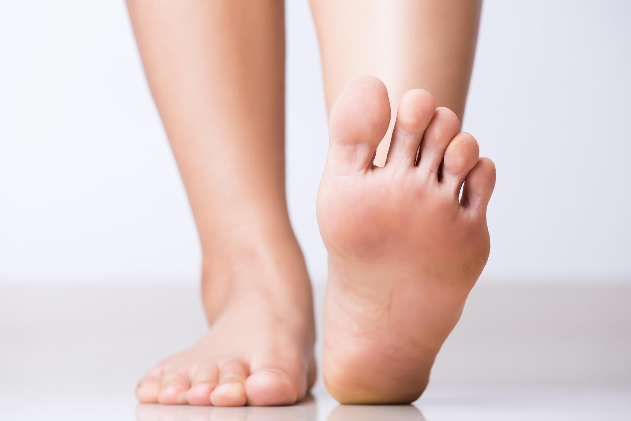 8 Signs You 100% Have a Foot Fetish