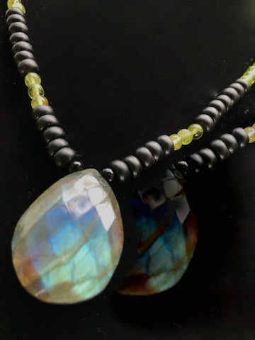 Drop Pendant Necklace in Labradorite