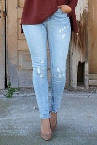 Light Wash Zipper Jeans