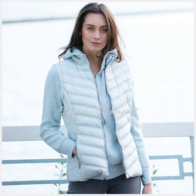 Marble Gilet – Style 5469-167 (Pale Blue)