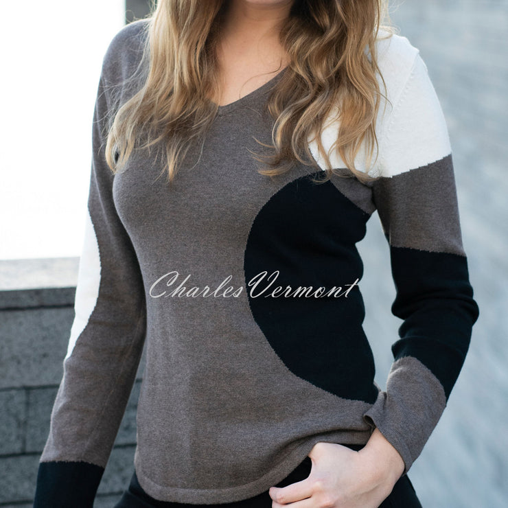 Marble Sweater – Style 5871-104 (Mocha / Black / Off White)