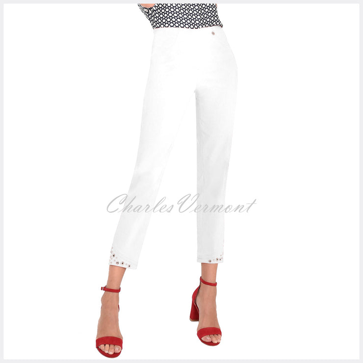Robell Bella 09 – 7/8 Cropped Trouser 51545-5499-10 (White)