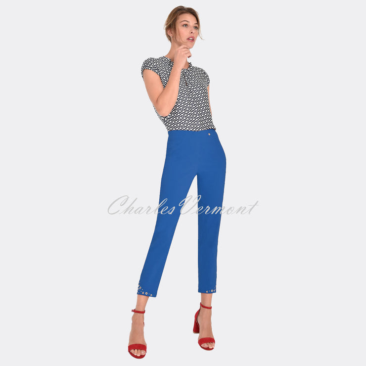 Robell Bella 09 – 7/8 Cropped Trouser 51545-5499-67 (Royal Blue)