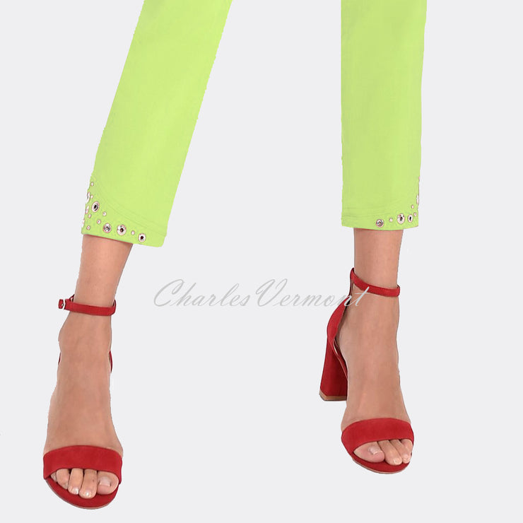Robell Bella 09 – 7/8 Cropped Trouser 51545-5499-810 (Lime Green)