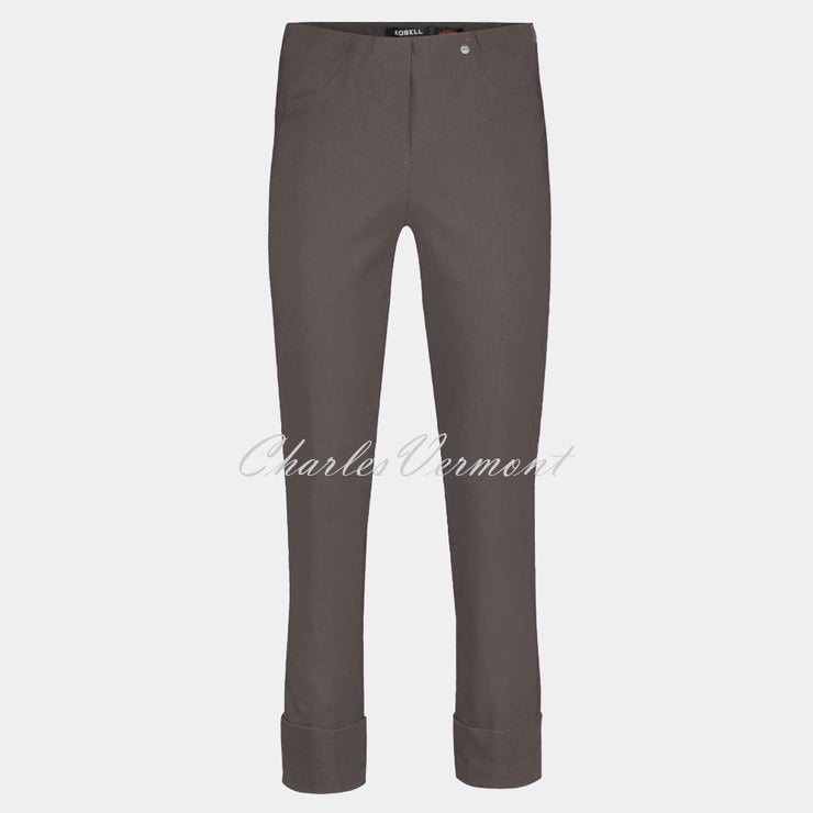 Robell Bella 09 – 7/8 Cropped Trouser 51568-5499-38 (Almond)