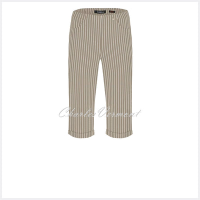 Robell Bella 05 Pinstripe Bermuda Short 51625-54567-13 (Light Taupe)