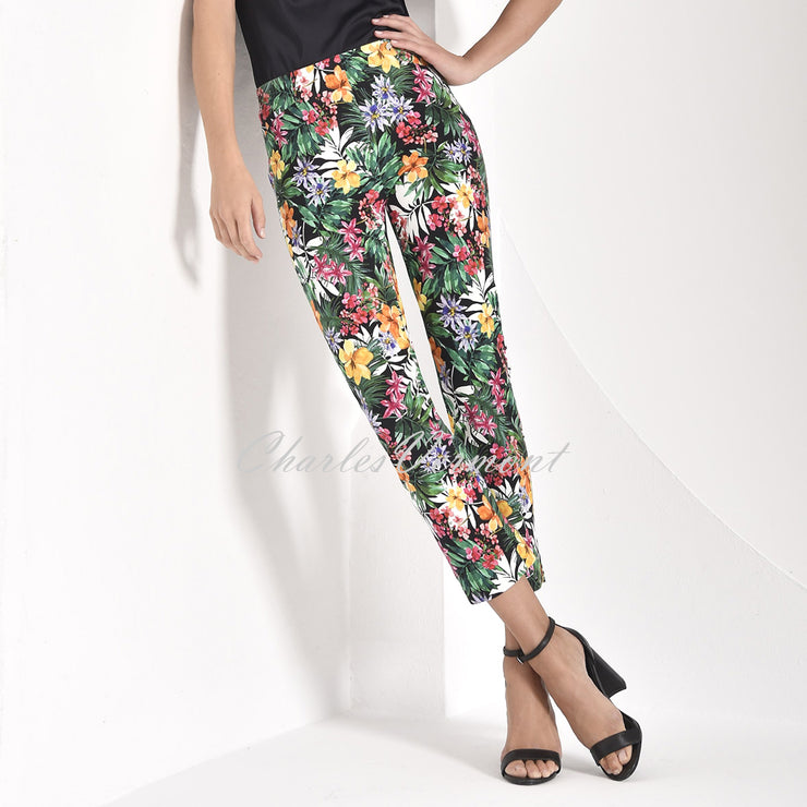 Robell Rose 09 – 7/8 'Jungle Print' Cropped Jean 51630-54858-90