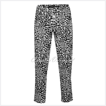 Robell Bella 09 - 7/8 Cropped Trouser 51692-54262-90 (Black Abstract Animal Print)