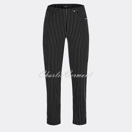 Robell Bella 09 - 7/8 Cropped Trouser 52483-54567-90 (Black/White)