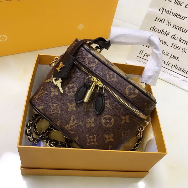 Chic Box Bag