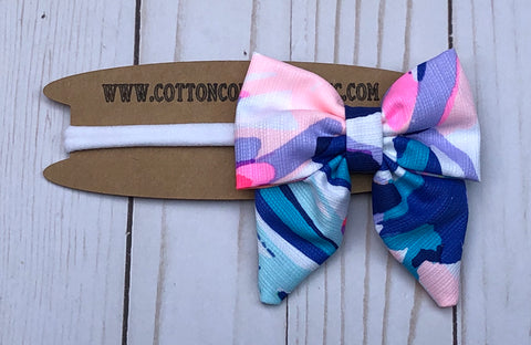 Lilly bow, off tropic