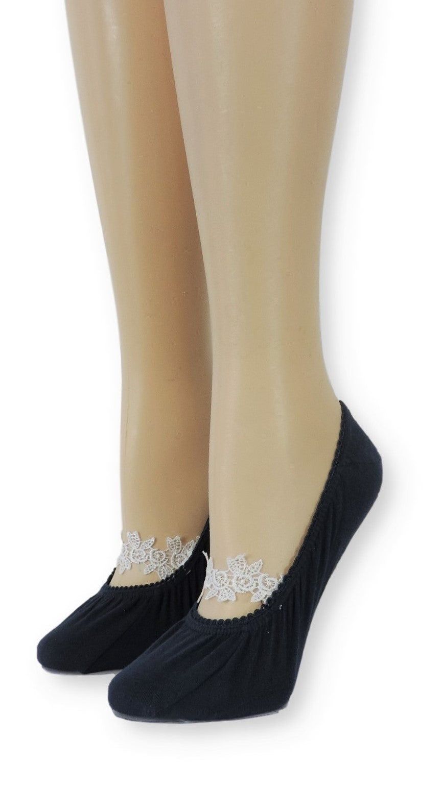 Sleek Ankle Socks with Floral white Lace - Global Trendz Fashion®