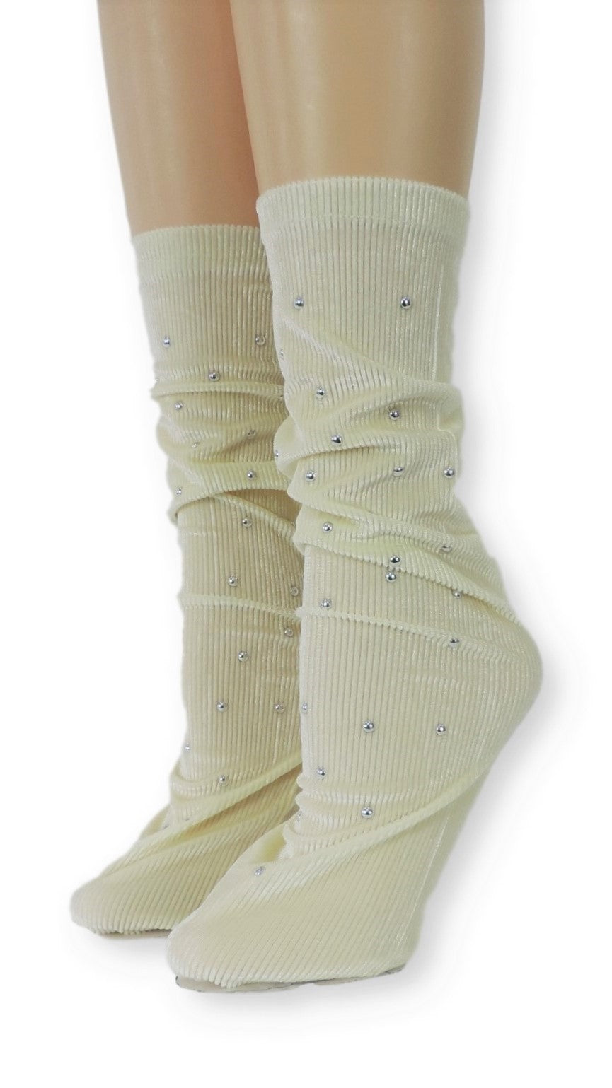 Ribbed Cream Velvet Socks with Beads