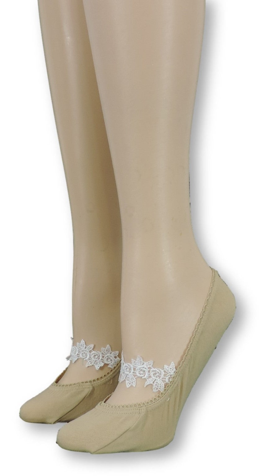 Beige Ankle Socks with Floral Lace