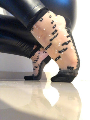 Black/White Dotted Sheer Socks - Global Trendz Fashion®