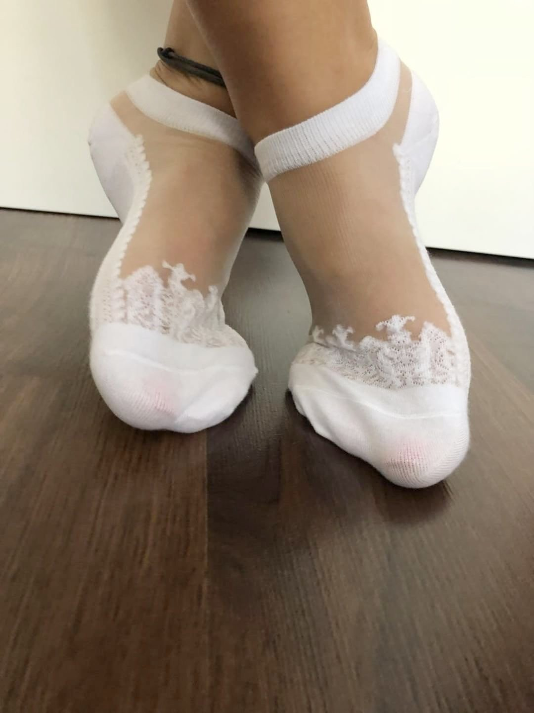 Pretty White Patterned Ankle Sheer Socks - Global Trendz Fashion®