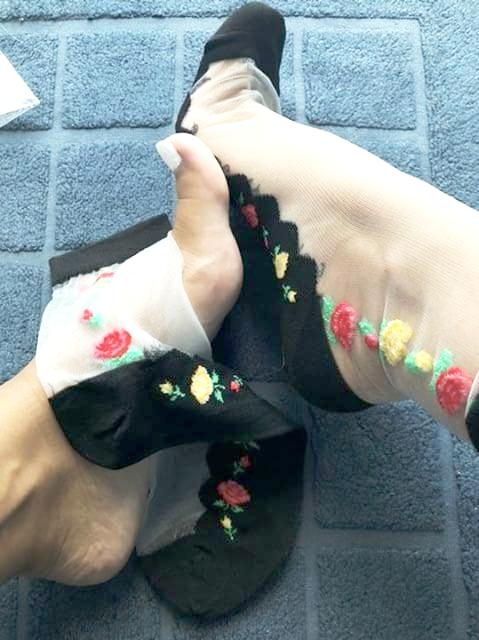 Yellow Red Roses Sheer Socks - Global Trendz Fashion®