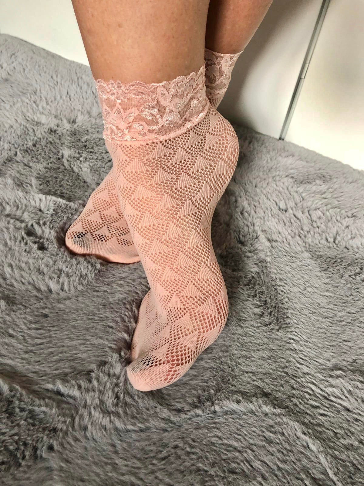 Triangle Beige Mesh Socks - Global Trendz Fashion®