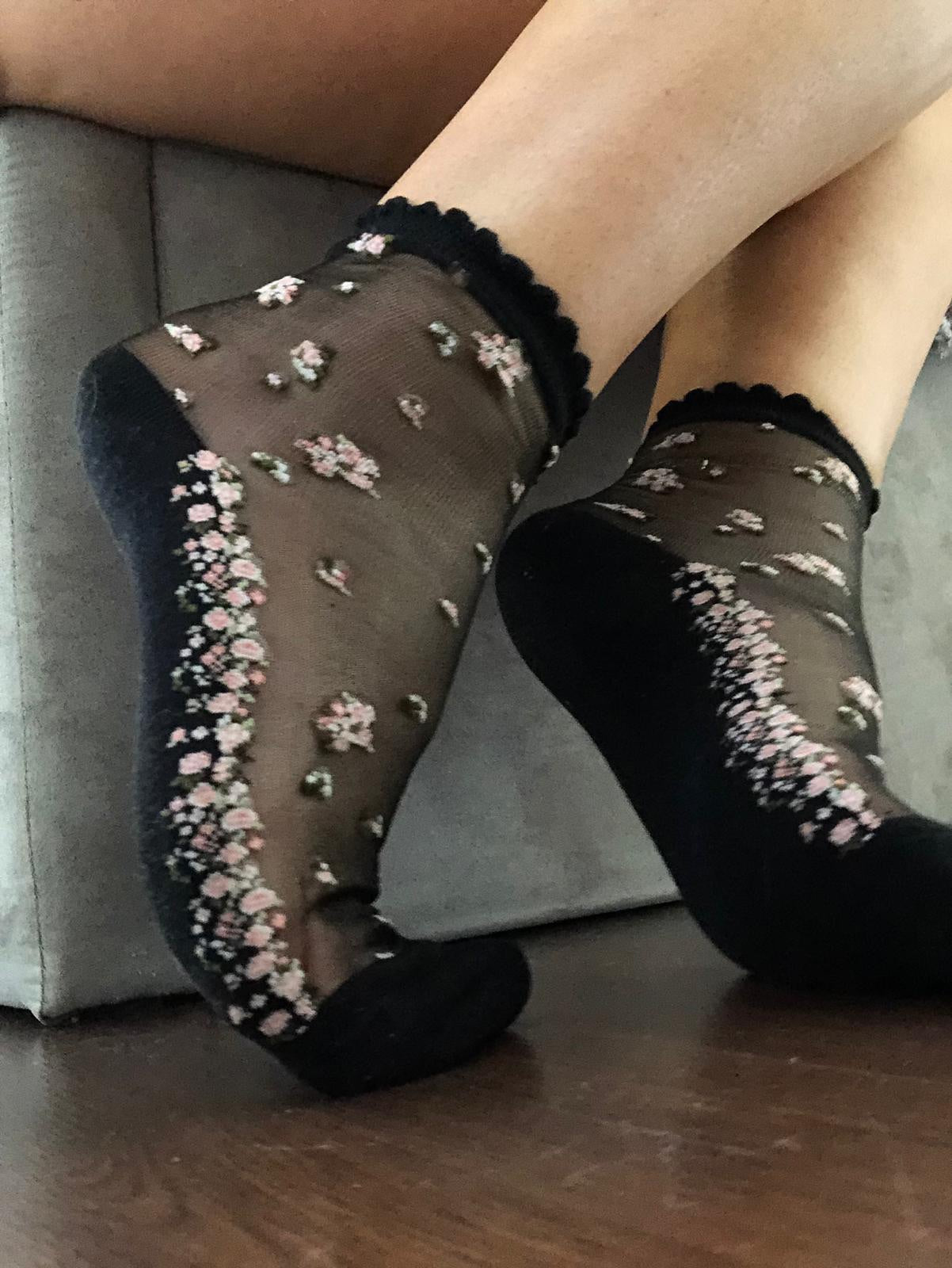 Mini Pink Flowers Sheer Socks - Global Trendz Fashion®