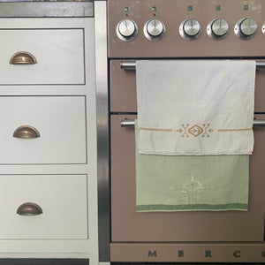Pair of Vintage Linen Tea/Glass Towels