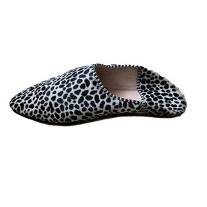 Slipper Shoe - Black on Taupe