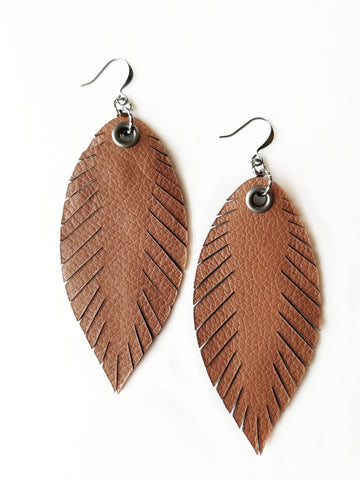 Signature Feathers - Cognac