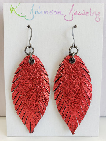 Mini Designer Feathers - Siren Red