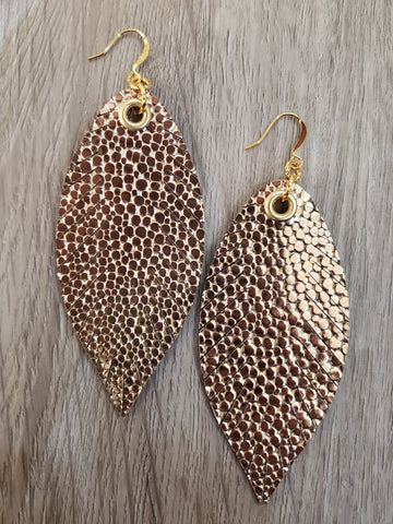 Designer Feathers - Gold Pebble
