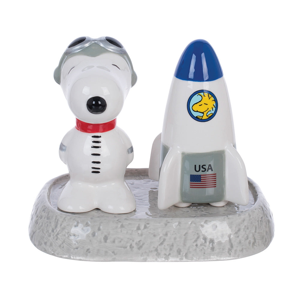snoopy salt and pepper set with moon base – shop nasa | the