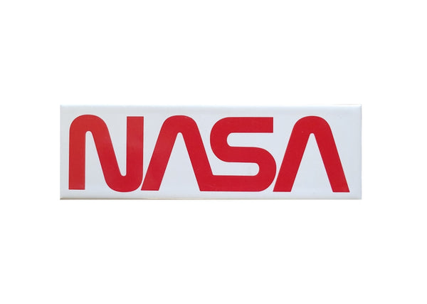 NASA Worm Magnet
