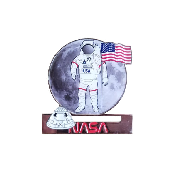 Astronaut Magnet with Sliding Orion