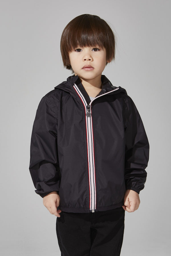 O8Lifestyle - Kids Black Full Zip Packable Jacket