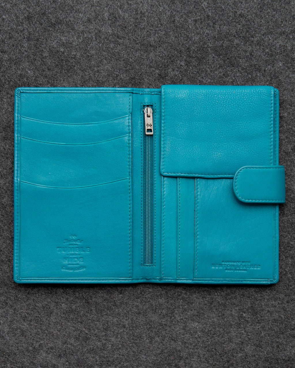 Scuba Newton Leather Travel Wallet a