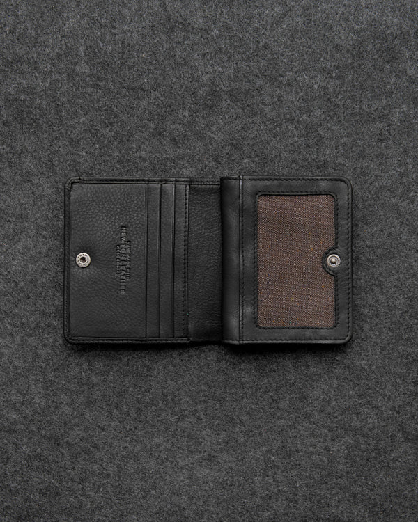 Black Newton Leather Compact Everyday Wallet a