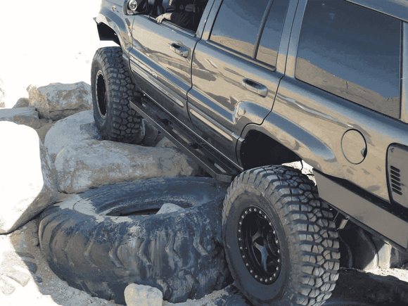 Jeep Grand Cherokee WJ Rock Sliders w/ FREE SHIPPING (Lower 48) - KevinsOffroad.com / Overland-Ready.com