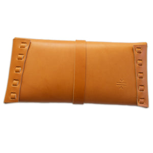 Stud Clutch (TAN)