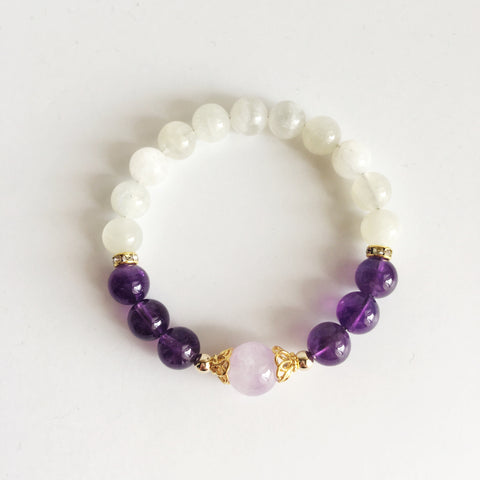 I Naturally Heal Myself From the Negativity That Surrounds Me, Amethyst, Cape Amethyst and Moonstone Bracelet