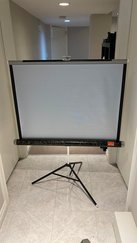 Vintage Optina Projector Screen 40 x 40