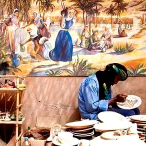 Moroccan Artisan Hand Painting Pottery