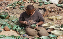 Finishing the Tamegroute green pottery