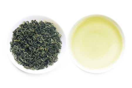 One of the best Chinese Loose Leaf Green Tea called Emerald offered by an online Chinese tea provider, Teadaw