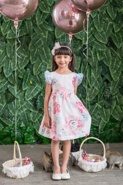 spring dress for strawberry picking with mom | kid's dream